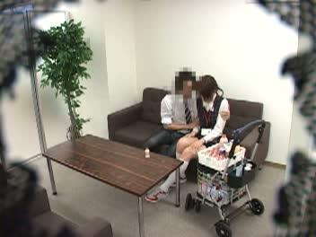《衝撃レイプmovie》極悪な男が美女な姉さんの枕営業を盗み見☆